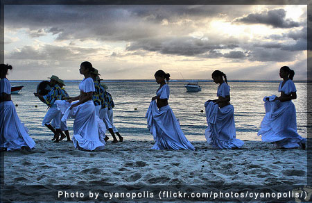 Mauritius beach - Photo by cyanopolis (flickr.com/photos/cyanopolis/)